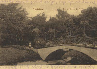 AK_Magdeburg-Reiher-Brücke-Stadtpark