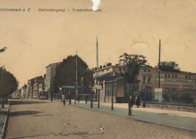 AK_Schönhausen-Bahnübergang-Friedrichstraße