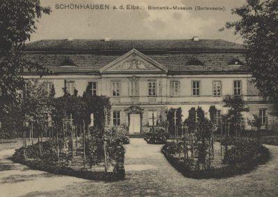 AK_Schönhausen-Bismarck-Museum-Gartenseite